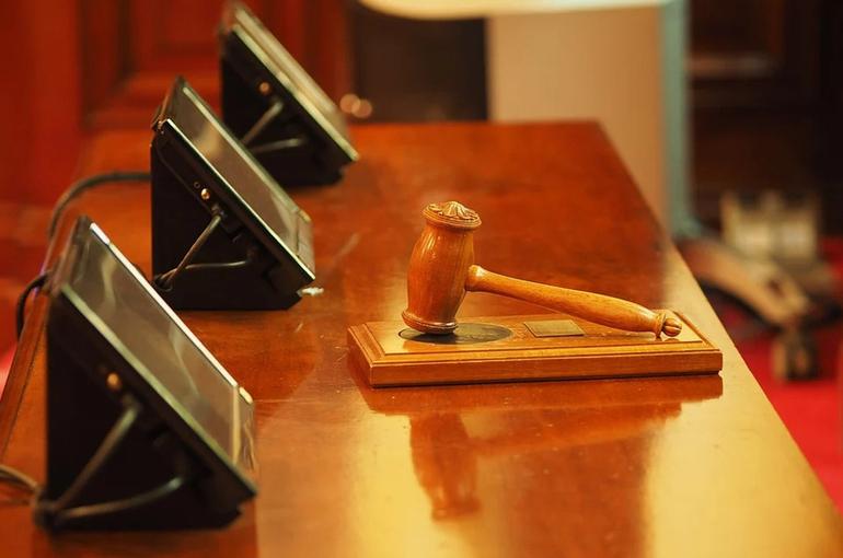 В Госдуму внесен проект о праве кабмина определять порядок выплаты компенсаций присяжным