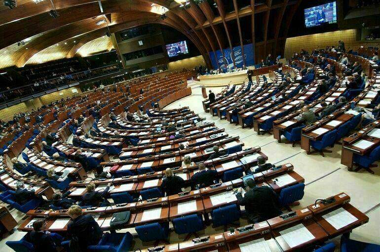 В ПАСЕ поддержали идею мониторинга прав граждан при отказе въезда в Евросоюз