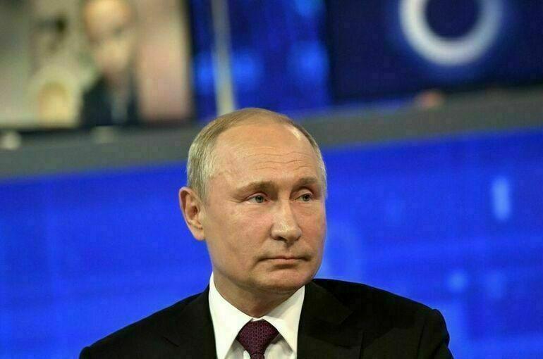 Путин считает «мягко говоря, поспешным» вывод войск США из Афганистана