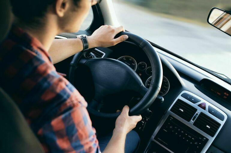 В МВД опровергли усиление ответственности за шторки на передних боковых стёклах авто