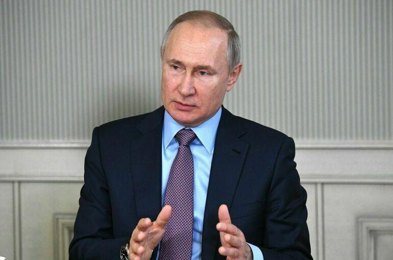 Путин подчеркнул важность своевременной вакцинации от коронавируса