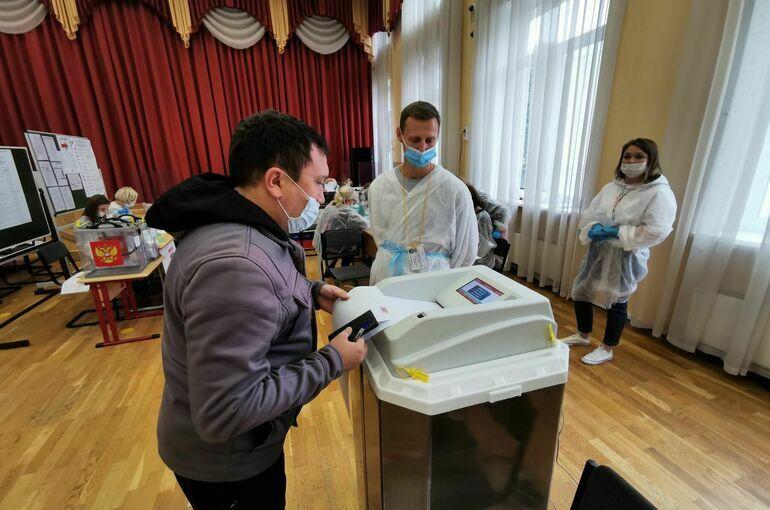 ЦИК: На возможное принуждение к голосованию пожаловались 98 россиян