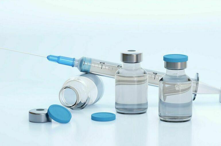 В России начались исследования одновременной вакцинации от COVID-19 и гриппа