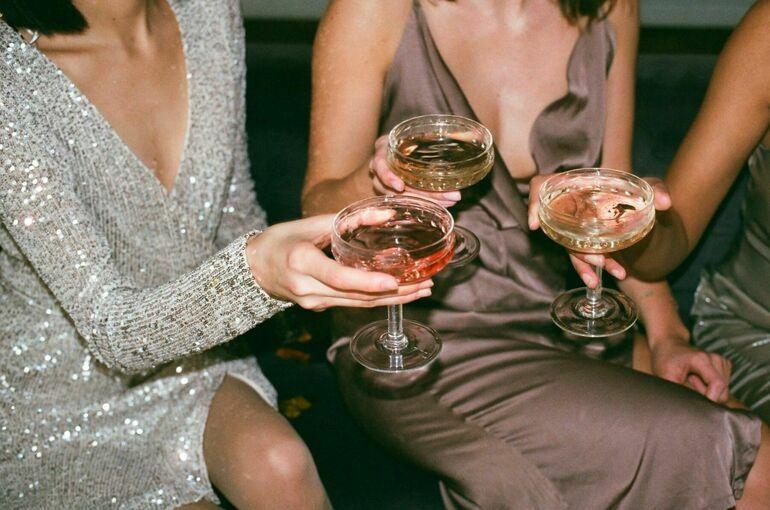 Россия и Франция создадут рабочую группу по решению проблемы с шампанским