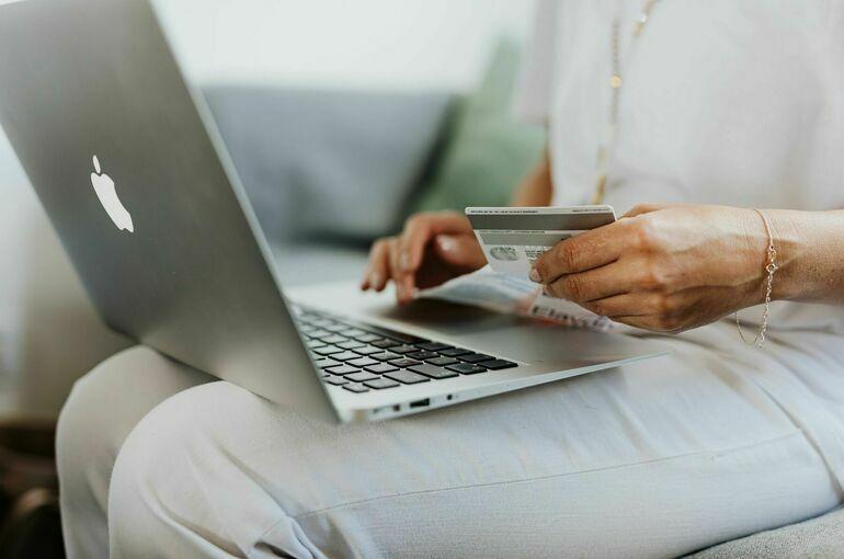 Эксперт рассказал, как защитить накопления от онлайн-мошенников