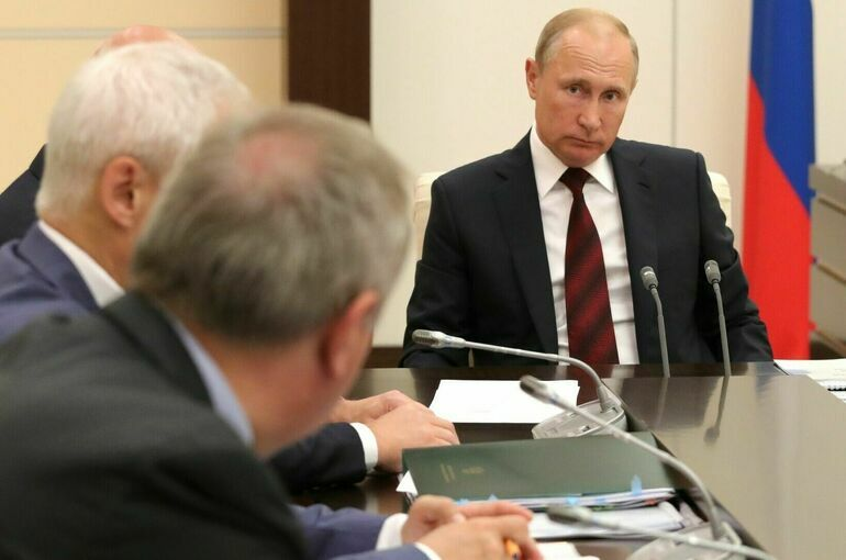В Кремле готовят встречу президента с лидерами фракций и главами регионов
