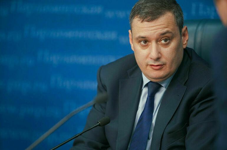 Хинштейн победил на выборах в Госдуму по одномандатному округу