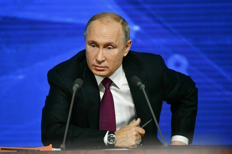 Российская экономика восстановилась, заявил Путин