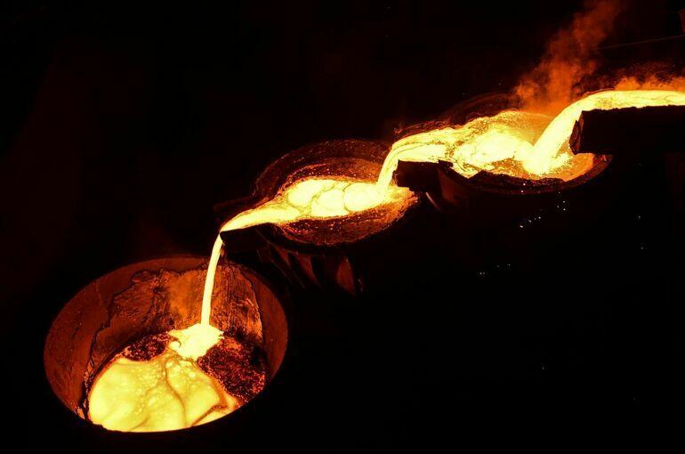 Минфин предлагает ввести акциз на жидкую сталь