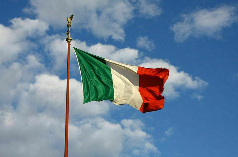 Правительство Италии дважды получило вотумы доверия в сенате парламента