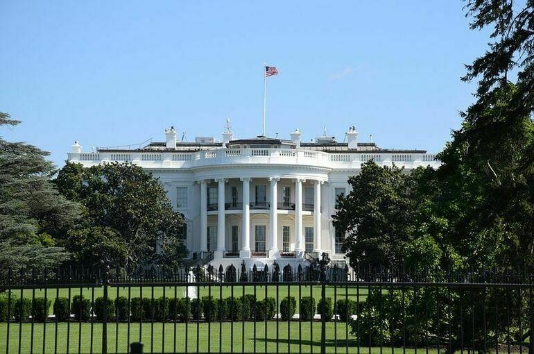 Байден и Макрон договорились вернуть отозванного посла Франции в США