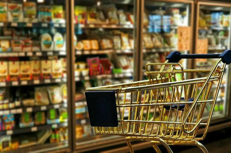 ФАС предписала двум торговым сетям снизить цены на продукты в Подмосковье