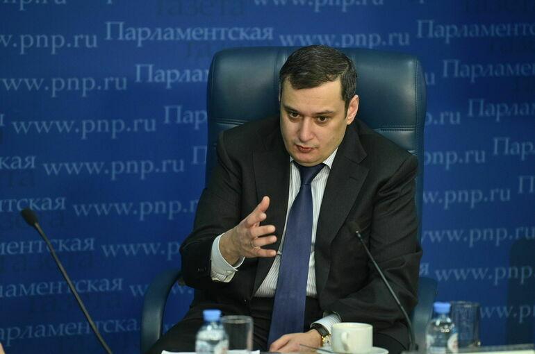 Хинштейн предложил обсудить в Госдуме ограничение контента о насилии