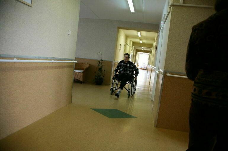 Инвалиды смогут получить протезы и коляски по электронным сертификатам