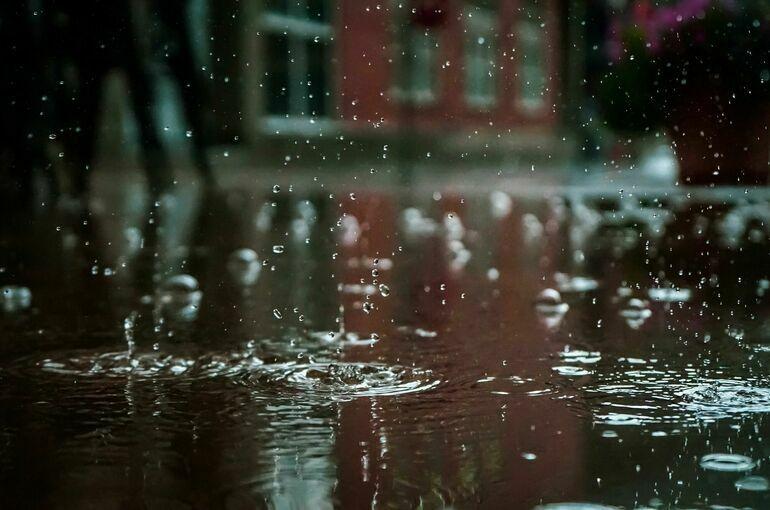 Участок федеральной трассы Джубга — Сочи затопило из-за ливня