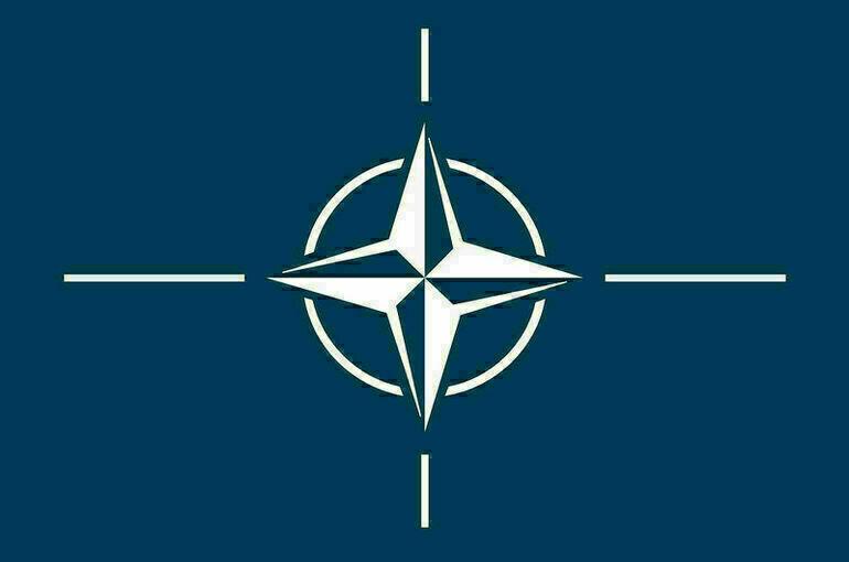 Генсек НАТО обсудил с лидерами Сербии и Косова деэскалацию в непризнанном регионе