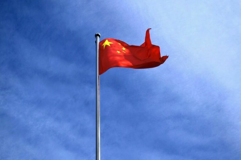 Главный полицейский Китая призвал бороться с «цветными революциями»