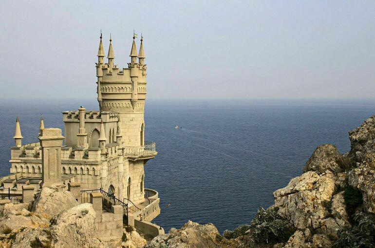 Аксёнов: в Крыму реализуются инвестиции в туризм на сумму более 50 млрд рублей