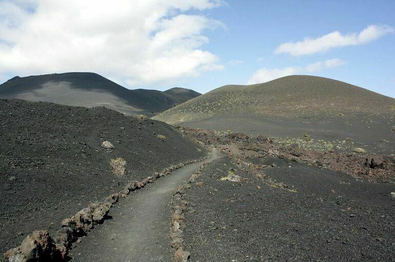 Вулкан на Канарских островах прекратил извергать лаву