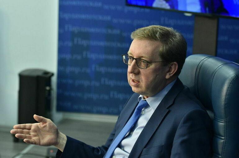 Майоров заявил о необходимости дополнительной поддержки производителей отечественных саженцев