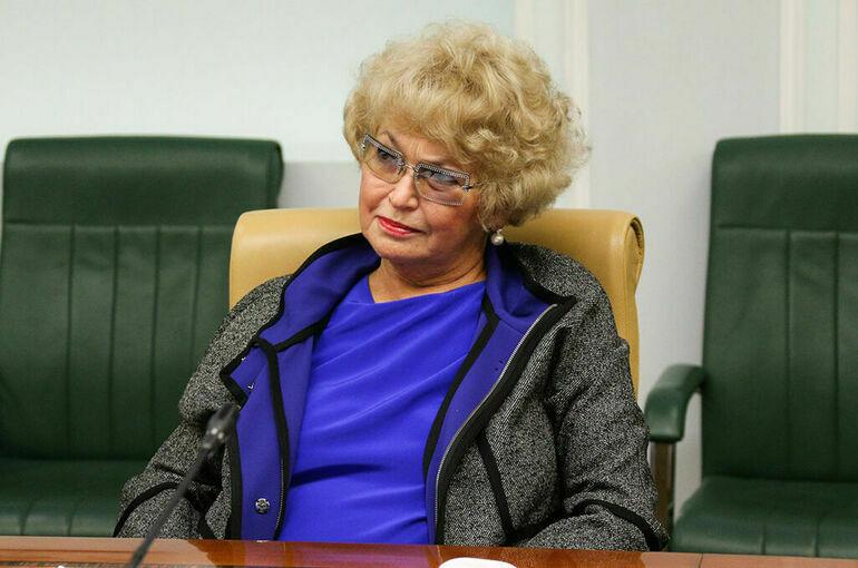 Людмила Нарусова продолжит представлять Тыву в Совете Федерации