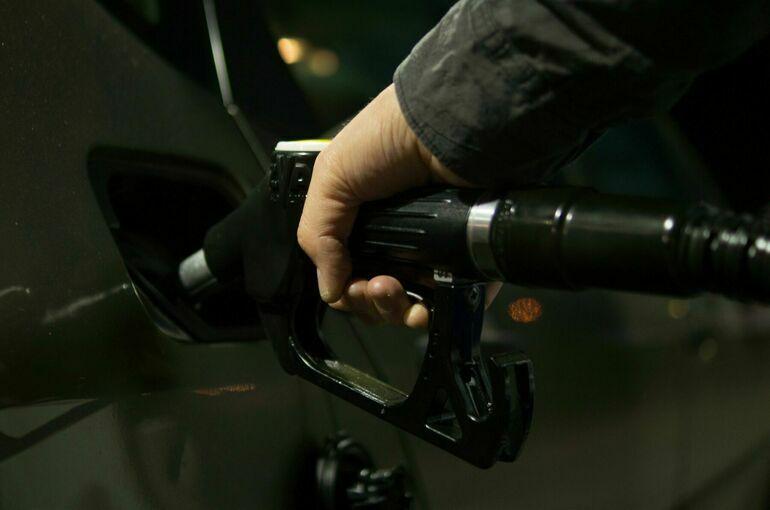 Власти Великобритании заявили об улучшении ситуации с поставками топлива
