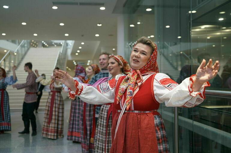 Матвиенко предложила защитить народные традиции законом