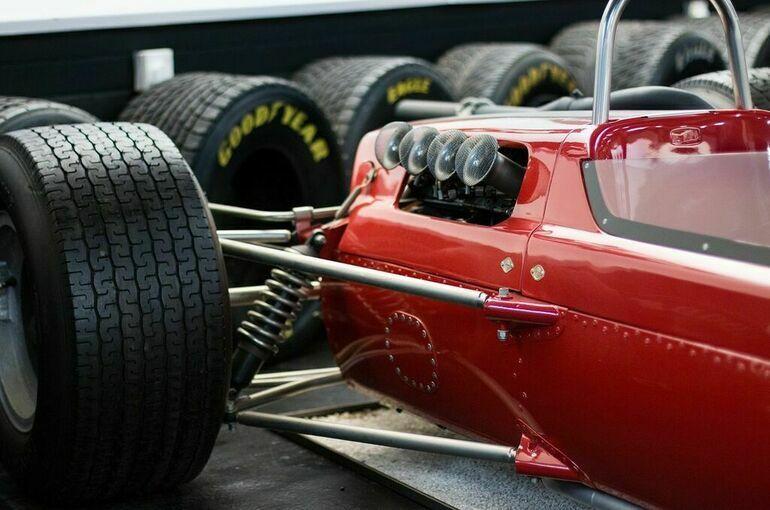 Гран-при «Формулы-1» впервые в истории пройдет в Катаре