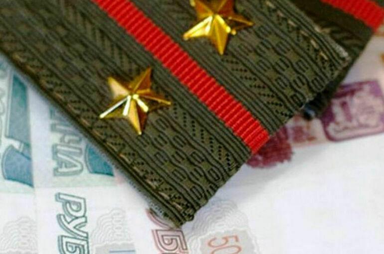 Военнослужащие будут получать больше денег