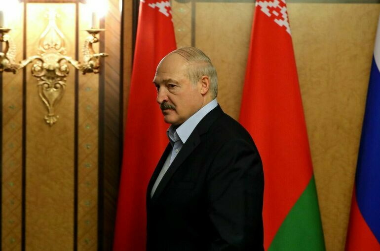 Лукашенко заявил, что в случае агрессии Белоруссия превратится в единую военную базу с РФ