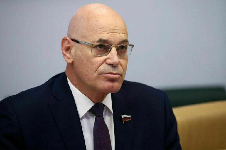 Круглый назвал неизбежным признание «Спутника V» со стороны ВОЗ