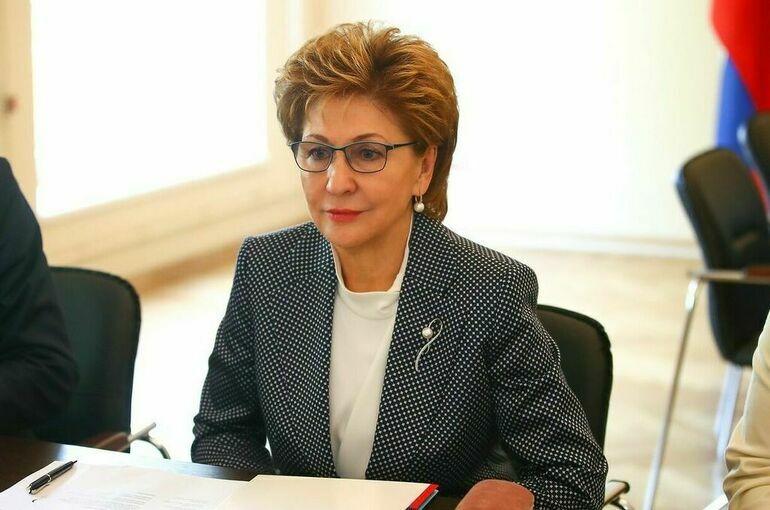 Карелова назвала борьбу с COVID-19 одной из приоритетных тем III Евразийского женского форума