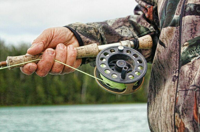 Разрешение на рыболовство предлагают выдавать в электронном виде