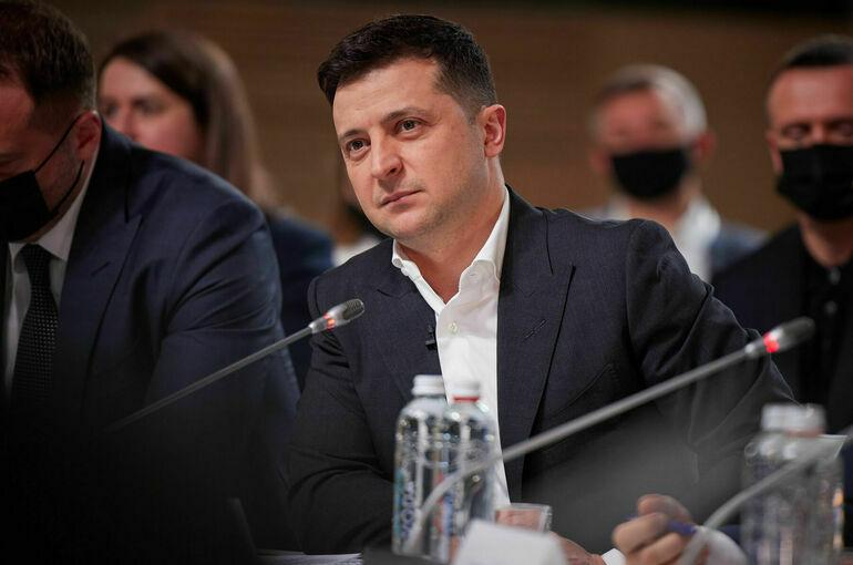 Зеленский ввёл санкции против участников выборов в Госдуму в Крыму