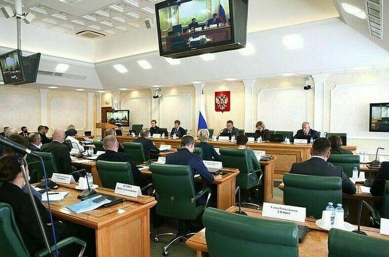 Вице-премьер Юрий Трутнев расскажет сенаторам о развитии русской Арктики