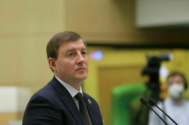 Андрея Турчака переизбрали первым вице-спикером Совфеда