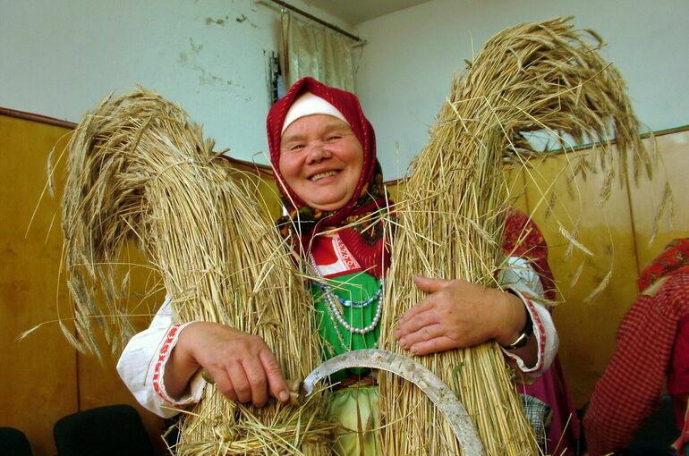 Чего не хватает женщинам на селе