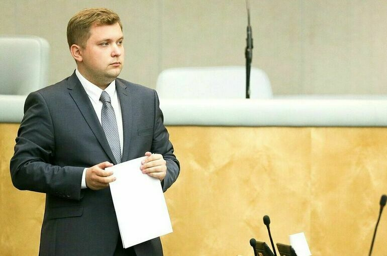 Чернышов предложил ввести выплаты отцам на досуг с детьми