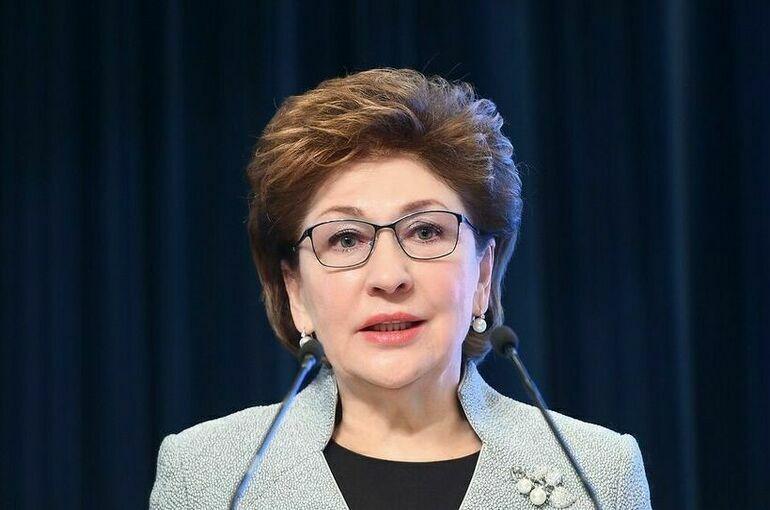 Карелова подвела итоги второго дня региональной недели Евразийского женского форума