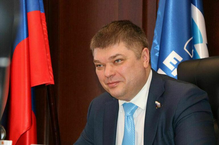 Василенко продолжит представлять Ленинградскую область в Совфеде