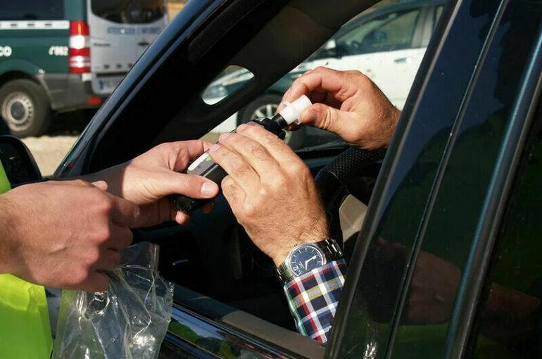 Когда водителей начали тестировать на алкоголь