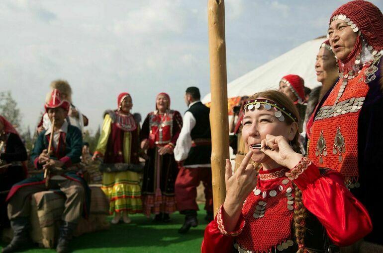 Правительство определило правила утверждения норм языков коренных народов