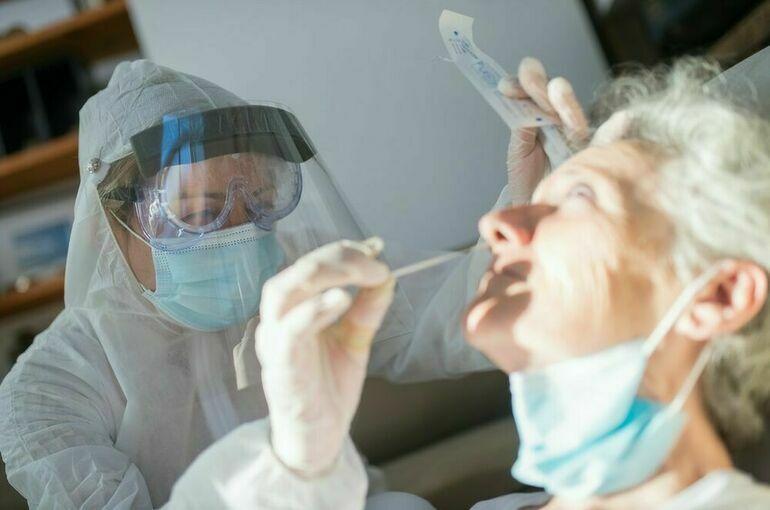 В России за сутки выявили 29 409 заразившихся COVID-19