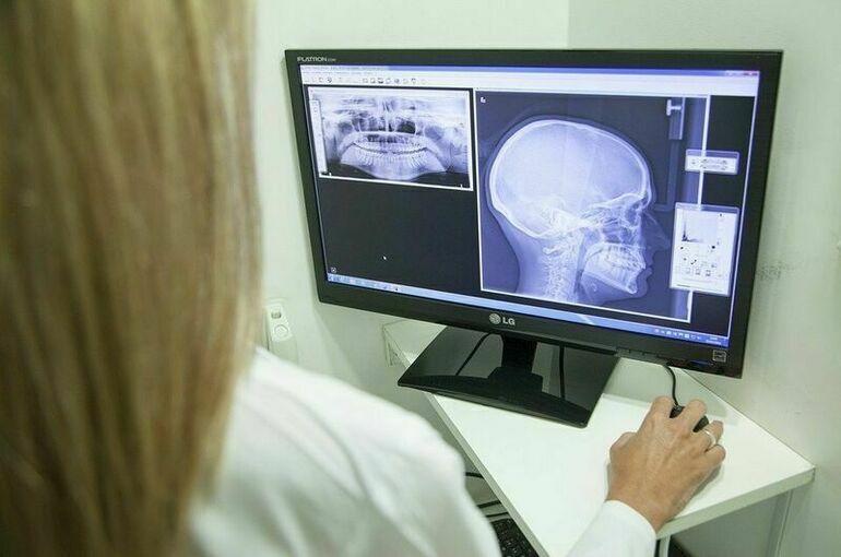 Минздрав: молодые врачи должны уметь применять цифровые технологии в лечении людей
