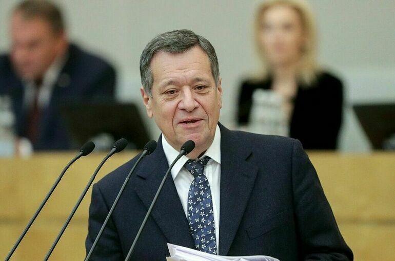 Налоговый и Бюджетный кодексы необходимо обновить, считает Макаров