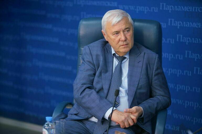 Россиянам становится сложнее оплачивать взятые кредиты