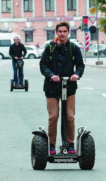 Знакомьтесь: сегвей на улицах СанктПетербурга