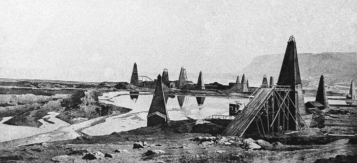 Нефтяной промысел в районе Баку был национализирован уже к 1 июля 1918 года